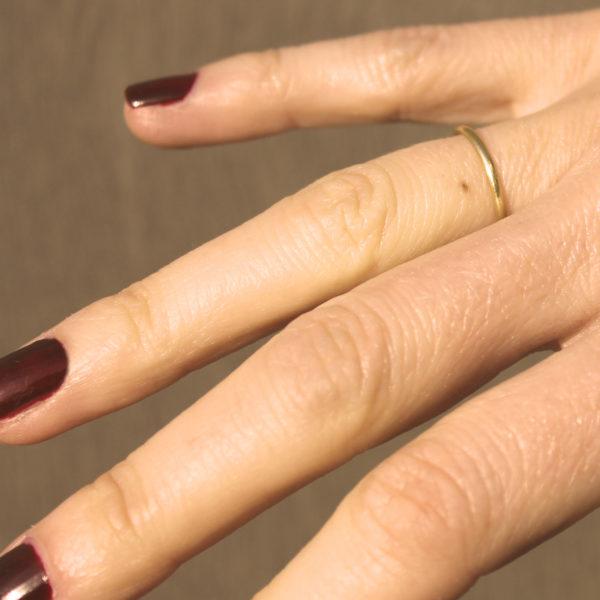 astrid c joaillerie anneau or demi-jonc alliance simple fait main bijou fait main lille bague sur mesure