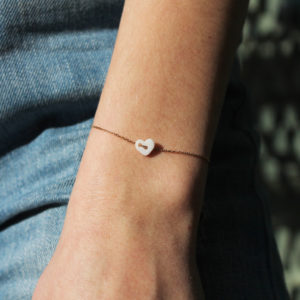 astrid c joaillerie bracelet coeur bracelet or coeur porcelaine bracelet or minimaliste bracelet or fin bracelet coeur ermance