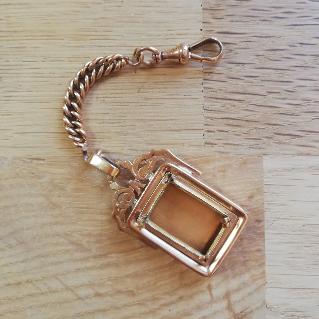 bijou ancien transformer bijou recycler créer nouveau bijou nouvelle vie