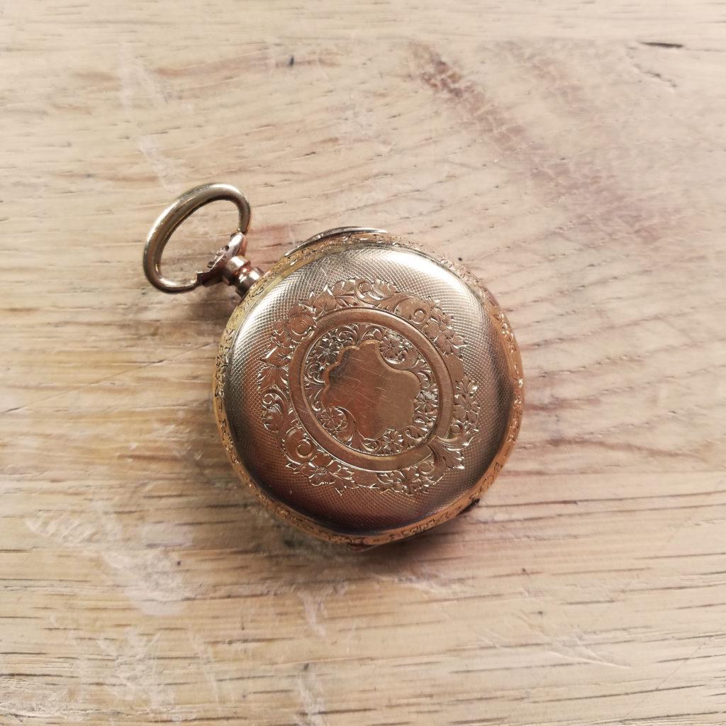 astrid c joaillerie montre à gousset ancienne transformer montre à gousset motif montre à gousset bijou montre à gousset