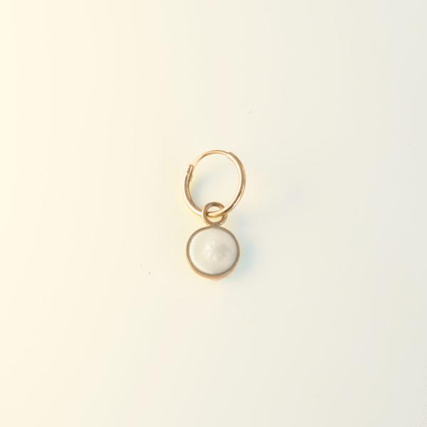 petite boucle d'oreille boucle oreille or créole en or pendant d'oreille boucle d'oreille porcelaine noces de porcelaine Bijou en or